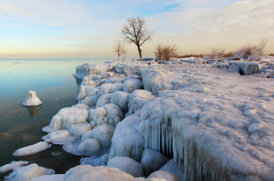 "J. Yeung, ""Taken in early Feburary of 2014 at Chicago's Burnham Park and Lake Michigan, during a record breaking cold snap, also known as the ""Polar Vortex"""""